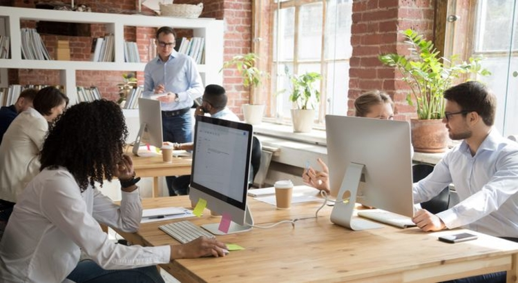 Coworking Space iStock fizkes